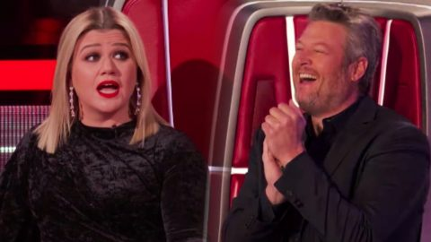 """Blake Uses Only Save During """"Voice"""" Battles After Kelly Hesitates To Steal 