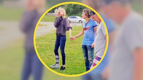 Keith Urban Says Nicole Kidman Broke Her Ankle While Running Over A Pothole | Country Music Videos