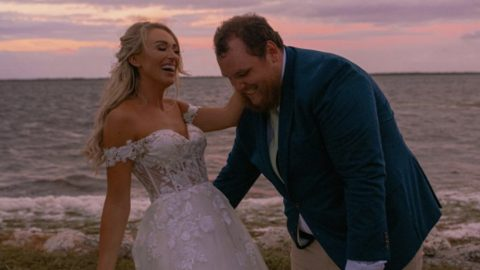 Luke Combs Marries Nicole Hocking In Florida | Country Music Videos