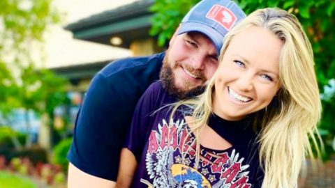 """Voice"" Winner Jake Hoot Announces Engagement 