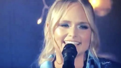 """Miranda Lambert Delivers New Performance Of """"Bluebird"""" At 2020 ACM Awards 