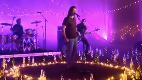 Morgan Wallen Performs For The First Time Since Public Apology – 2020 CMT Awards | Country Music Videos