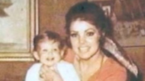 Priscilla Presley Shares Birthday Message For Lisa Marie With Throwback Photo | Country Music Videos