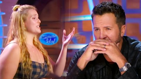 """Luke Bryan Cries After """"Idol"""" Hopeful Sings Aretha Franklin's """"Natural Woman"""" 