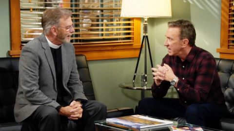 """Bill Engvall Shares Behind-The-Scenes Photo From Time On """"Last Man Standing""""   Country Music Videos"""