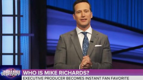 """New """"Jeopardy"""" Host Quits Show After Offensive Jokes Resurface 