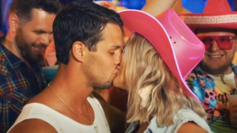 """Miranda Lambert Kisses Husband In Steamy Video For """"Tequila Does""""   Country Music Videos"""