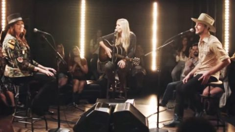"""Hank Williams Jr's 3 Kids Sing """"Whiskey Bent & Hell Bound"""" & """"I Saw The Light"""" 