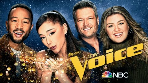 """Kelly Clarkson Features Duet With Another """"Voice"""" Coach On New Album 